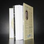 Livre Disque format DVD avec 2 DVD et livret au centre (ouvert)